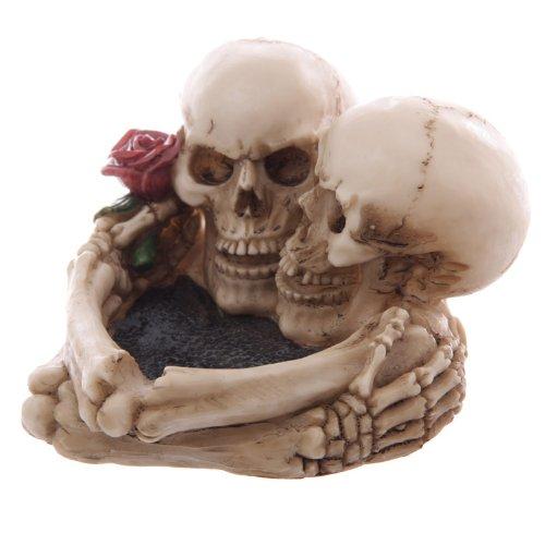 Puckator SK176 Skull Lovers' Ashtray 12.5 x 11.5 x 7.5 cm, Height 7.5cm Length 12.5cm Depth 11.5cm, Multi