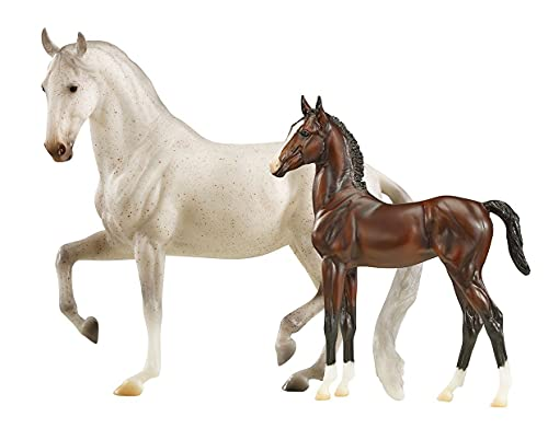 Breyer Traditional Series Favory Airiella Gift Set | 2 Horse Set | Horse Toy Model | 1:9 Scale | Model #1827, White