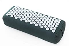 DEEPER PRACTICE | Our yoga bolster is designed to provide perfect support during restorative yoga and meditation practices. A HEARTFOAM inner core provides strength and firmness. Two layers of SOFTREE cushion provide comfort and relaxation on this yo...