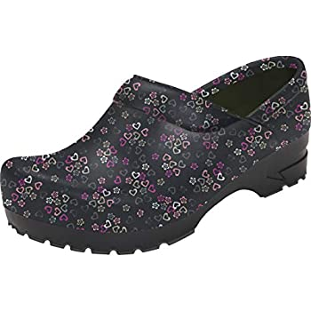 Anywear SRANGEL Women s Healthcare Professional Closed Back Clog 8 Lucky in Love