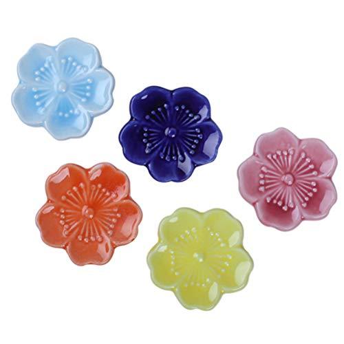 BESTONZON 5 stücke Keramik Stäbchen Rest Japanischen Stil Sakura Stäbchen Stehen Blume Design Rack Halter (Farbe)