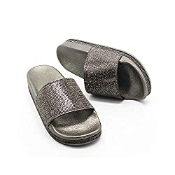 Grey Casual Slip Flop Thick Bottom Slippers With Rhinestones