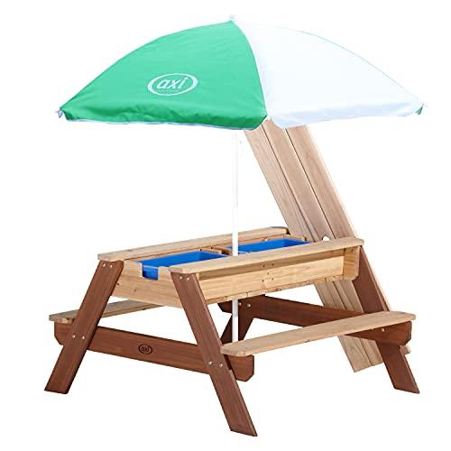AXI Nick Kinder Sand & Wasser Picknicktisch aus Holz | Wasserspieltisch & Sandtisch mit Deckel und Behältern | Kindertisch / Matschtisch in Braun mit Sonnenschirm für den Garten