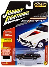 Johnny Lightning DIECAST 1:64 Classic Gold 2017 Release 4 Version B - 1977 Chevrolet Camaro Z28 (Black) JLCP7055-24