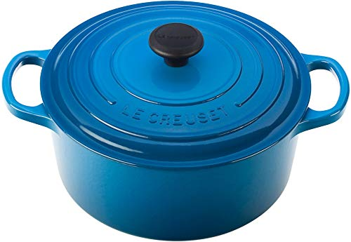 Le Creuset Signature Enameled Cast-Iron 3-1/2-Quart Round French Oven