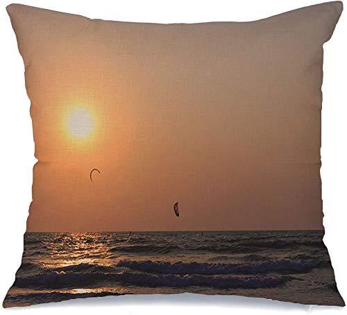 Decoración Throw Pillow Cover Funda de cojín Paracaidismo en el horizonte Atardecer Acuarela Goa Viajes Sol Arambol Aves Deportes Cielo Recreación Funda de Cojine 45 X 45CM