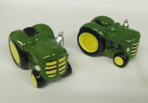 Green Tractors Salt & Pepper Shakers by Anablep (UK) Ltd