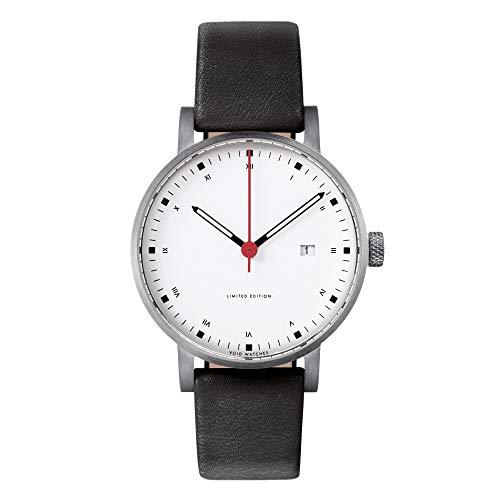 V03D Metis - Analoguhr mit Datum von VOID Watches / Style: Gebürstetes Gehäuse & Weisses Zifferblatt & Graues Leder Armband