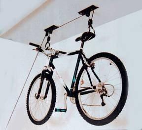 Fahrradlift bringt Ordnung in Keller und Garage