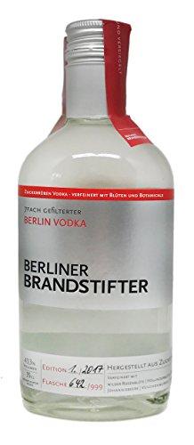 Berliner Brandstifter Vodka - Aus Zuckerrüben - Verfeinert mit Botanicals - 0,35l / 43,3% vol. …