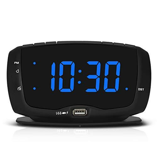 DreamSky Radiowecker für Schlafzimmer mit zwei USB-Ladeanschlüssen, 3,6 cm (1,4 Zoll), blaue Ziffern mit einstellbarem Dimmer, digitales FM-Radio mit DST und Schlummerfunktion.