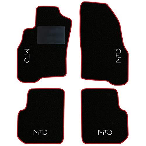 QUEMAR Kit Tappetini Auto Alfa Romeo Mito dal 2008 / Set di Tappeti in Moquette e Gomma su Misura (2 Anteriori + 2 Posteriori) / 4 Ricami Personalizzati/Colori Personalizzabili (Bordo Rosso)