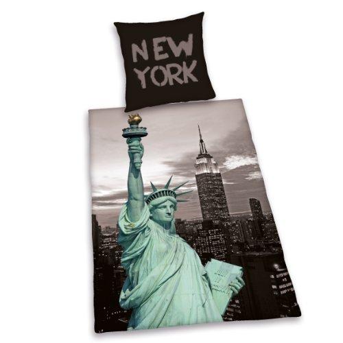 Herding YOUNG COLLECTION Bettwäsche-Set, New York, Kopfkissenbezug 80x80cm, Bettbezug 135x200cm, 100% Polyester, mit leichtläufigem Reißverschluss
