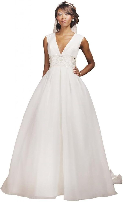 Passat Halter Lace Long Sleeved Dress