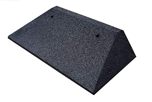 Bordsteinkanten-Rampe aus Gummifasern (schwarz) - Auffahrrampe - Türschwellenrampe mit eingelagerten U-Scheiben zur Befestigung und beidseitiger Abschrägung zum seitlichen überfahren (50 x 25 x 10 cm)