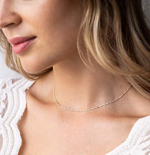 Filigrane Silberkette als Geschenk