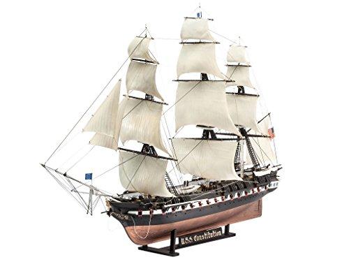 Revell 65472 Model Set Segelschiff U.S.S. Constitution, Schiffsmodell im Maßstab 1:146 zum Selberbauen, 43,5 cm originalgetreuer Modellbausatz für Experten, Starter Kit mit Basiszubehör, unlackiert