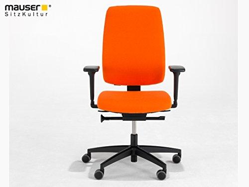 MAUSER SITZKULTUR Büro Drehstuhl orange mit Sitztiefenverstellung, 2D-Armlehne, Synchronmechanik, höhenverstellb. Rückenlehne