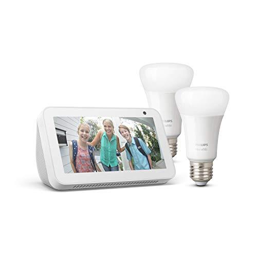 Echo Show 5, Blanc + Philips Hue White Pack de 2 ampoules LED connectées (E27), compatibles avec Bluetooth et Zigbee (aucun hub requis)