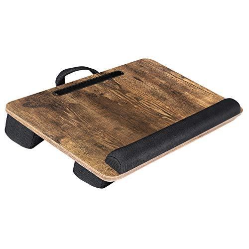 SONGMICS Laptopkissen für Bett, Laptoptisch, Laptopunterlage, mit Handgriff, gepolsterter Unterlage, mit Rille für Handy und Tablet, 55 x 37 x 12 cm (L x B x H), vintagebraun LLD108B01