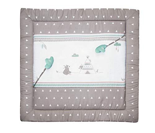 roba Spiel- & Krabbeldecke 'Indibär', Baby's gepolsterte Spielunterlage / Laufgittereinlage 100x100cm, 100% Baumwolle, inkl. Baby-Spielzeug