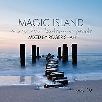 Magic Island Vol. 10