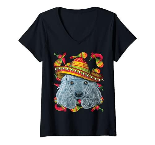 Mujer Cinco de Mayo Poodle Sombrero Mexican Dog Fiesta Party Camiseta Cuello V