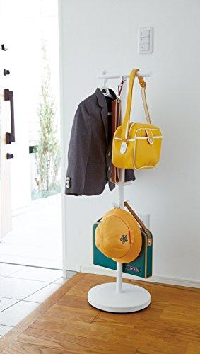 ランドセル以外にも、子供服や制服、帽子や習い事バックなどもフックに引っ掛けてまとめて収納できます。玄関先に設置しておくと、帰宅時のチョイ掛けに重宝しそう。