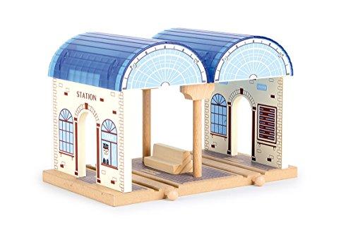 small foot 8559 dworzec z drewna, z dwoma podjazdami, kompatybilny ze wszystkimi popularnymi drewnianymi kolejkami, od 3 lat