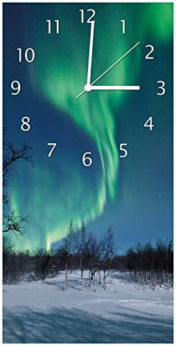 Wallario Design Wanduhr Polarlicht in Schweden aus Acrylglas, Größe 30 x 60 cm, weiße Zeiger