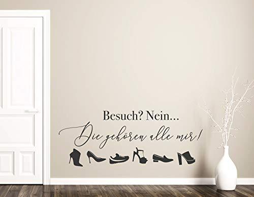 tjapalo® pkm446 Wandtattoo Wohnzimmer Sprüche Wandtattoo Frau Wandsticker Wohnzimmer Wandaufkleber Spruch Besuch nein die Schuhe gehören alle mir, Farbe: mittelgrau, Größe: B90xH38cm