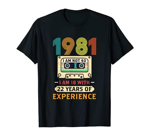 Nées En 1981 Mars Cadeau Anniversaire 40 Ans Cassette T-Shirt
