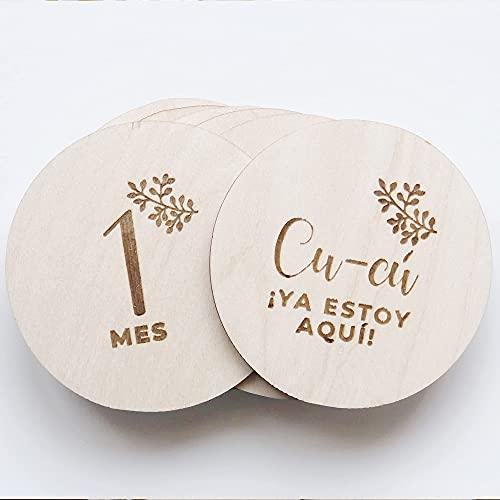 Cumple mes bebé madera, Cumple mes en español, Cumple mes regalo recién nacido, Placas cumple meses diseñadas y producidas en España.