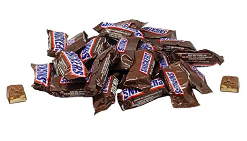 Snickers Fun Size Chocolate Caramel Candy Bars - 5 LB Resealable Stand Up Bulk Candy Bag (approx. 125 pieces) - Bulk Filler Candy for Holidays and Parties