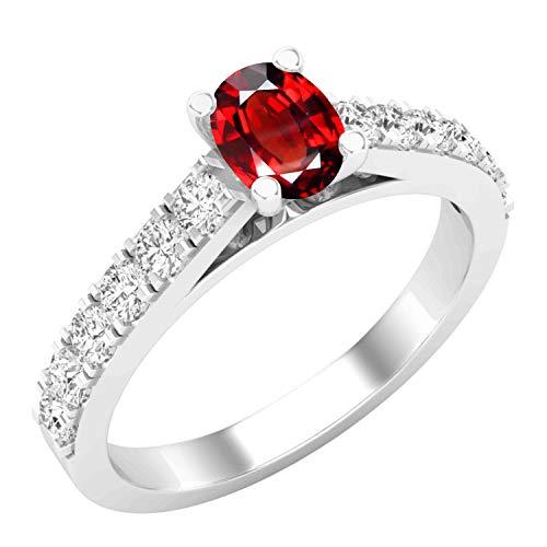 Dazzlingrock Collection - Anillo de compromiso para mujer, diseño de piedras preciosas ovaladas y diamantes blancos redondos de 6 x 4 mm, oro blanco de 14 quilates