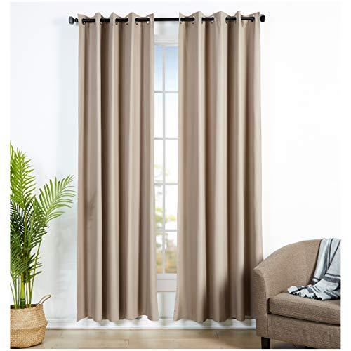 AmazonBasics - Juego de cortinas que no dejan pasar la luz, con ojales, 140 x 245 cm, Chocolate