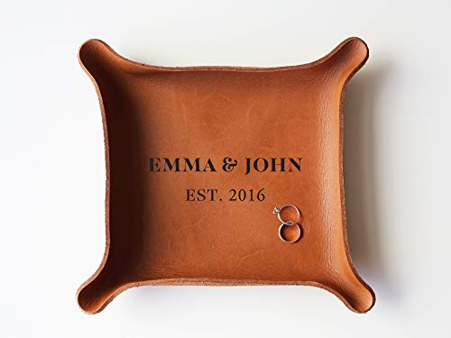 3rd Personalized Leather Tray with Initials & Wedding Year (Large Tray (7