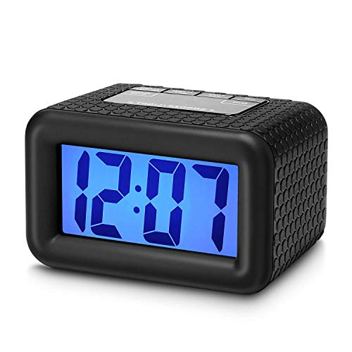 Plumeet Orologio-Sveglia da Viaggio LCD, di Facile Uso, Sveglia Digitale, con Cover Protettiva in Silicone, Display Digitale con Numeri Grandi, Buona Retroilluminazione e Funzione Snooze (Nero)
