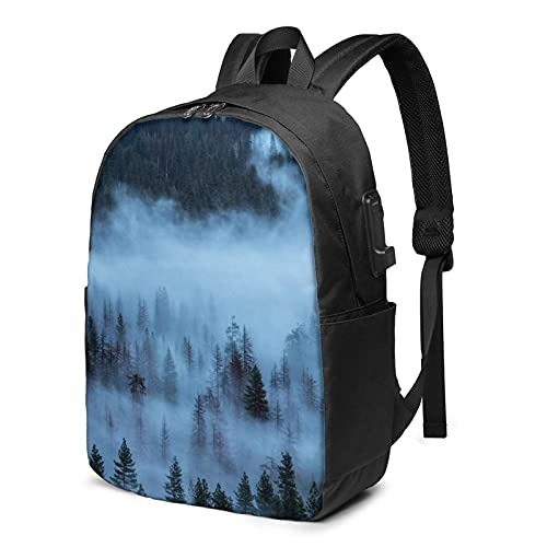 Nebbia Pine Trees Forest Zaino da viaggio per laptop con porta di ricarica USB per uomini e donne 17', Come mostrato, Taglia unica,