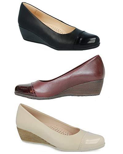 Zapatos Tupie 70 Corte-Piel,Forro-Textil,Plantilla-Textil y extraíble. Tacón:4,5cm. Fabricado en España.