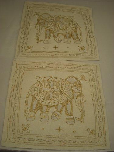 Goethnic Ensemble de 2 housses de coussin en coton faites à la main avec broderies de fils métalliques et paillettes dorées Motif éléphant Crème
