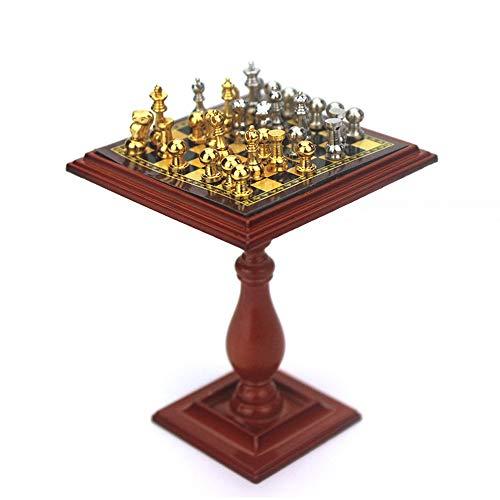 Rantoloys B143-B Juego de ajedrez en Miniatura y Mesa Imán de ajedrez ajedrez Accesorios para Casas de muñecas Juego de ajedrez en Miniatura de casa de muñecas con Piezas Doradas y Plateadas