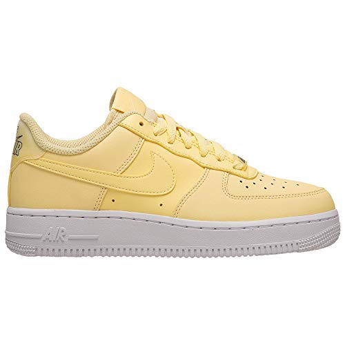 Nike Damen WMNS Air Force 1 '07 ESS Basketballschuhe, Gelb Bicycle Yellow/Dk Sulfur/White 701, 37 1/2 EU