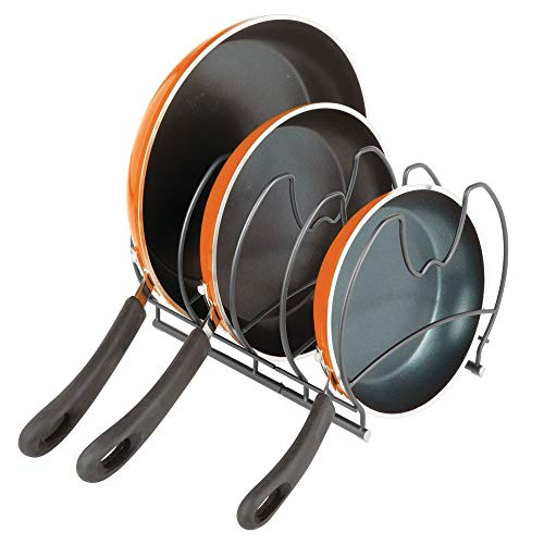 mDesign Organizador de sartenes – Elegantes accesorios para muebles de cocina – Estanterías para cocina para organizar sartenes y tapas de ollas – gris