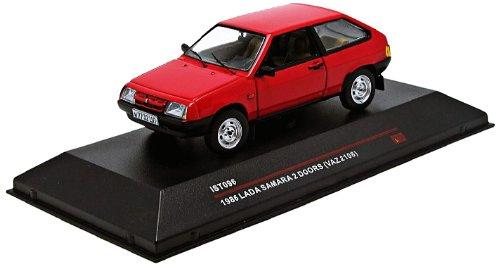 Ist Models - Ist096 - Véhicule Miniature - Modèle À L'Échelle - Lada Samara Vaz 2108 -1986 - Echelle 1/43