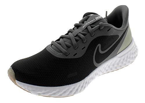 Nike Herren Revolution 5 Running Shoe, Black/Black-Iron Grey-Light Army-Barely Green-Gum Dark Brown, 44.5 EU