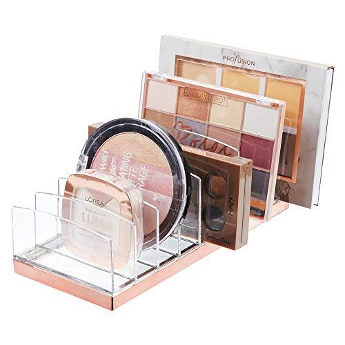 mDesign Organizador de maquillaje en plástico – Clasificador con 9 compartimentos para organizar maquillaje – Bandeja organizadora para lavabo, tocador o armario – transparente/dorado rojizo