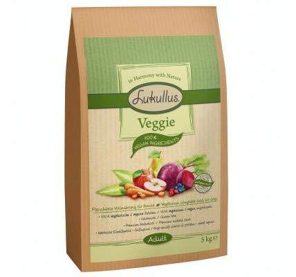 Lukullus Veggie 5kg Cold-pressed Natural Dry Food 100% Vegetarian & Vegan Ingredients Vtamin-rich Fruit & Veg & Sweet Lupin, Gluten-free Source Protein Nutritionally Sensitive Dogs