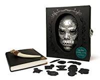 Harry Potter Dark Arts Collectible Set You don't have to be a Dark Wizard, Death Eater, or even a Slytherin to appreciate the Dark Arts! Spotlighting the magical darker side of the Wizarding World, this deluxe kit includes: Keepsake box with molded D...