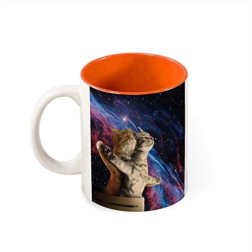 Taza de color en el interior de dos divertidos gatos románticos en el espacio exterior, el mejor regalo de cumpleaños, cerámica, Naranja-estilo1, talla única